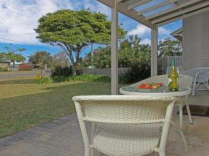 Callala Beach Cottage - charm and character - Casino Accommodation