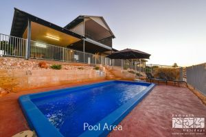 3 Kestrel Place - PRIVATE JETTY  POOL - Casino Accommodation