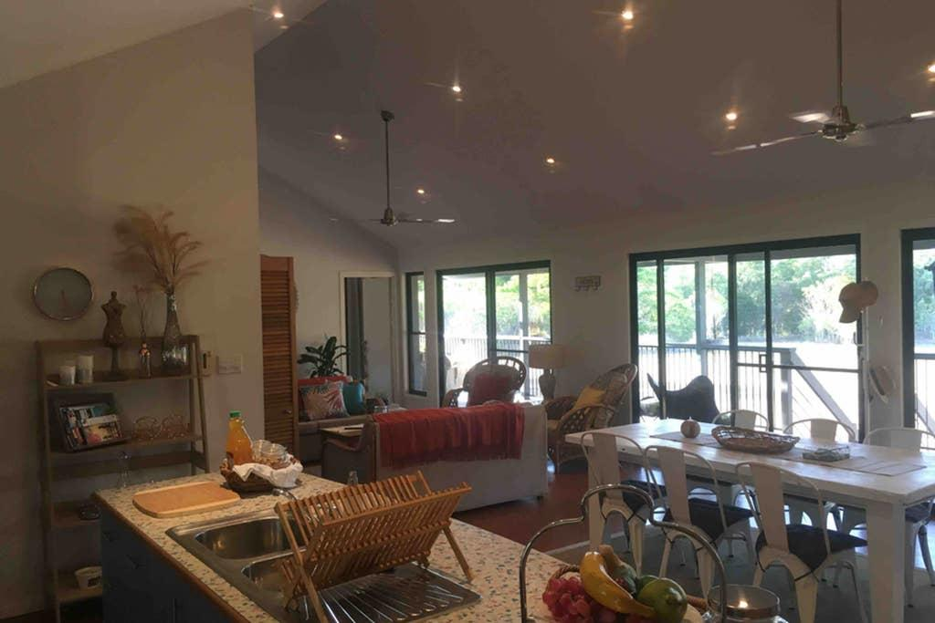 Valley Views Lodge Port Douglas - Casino Accommodation