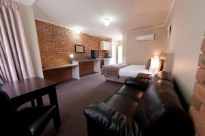 National Hotel Complex Bendigo - Casino Accommodation