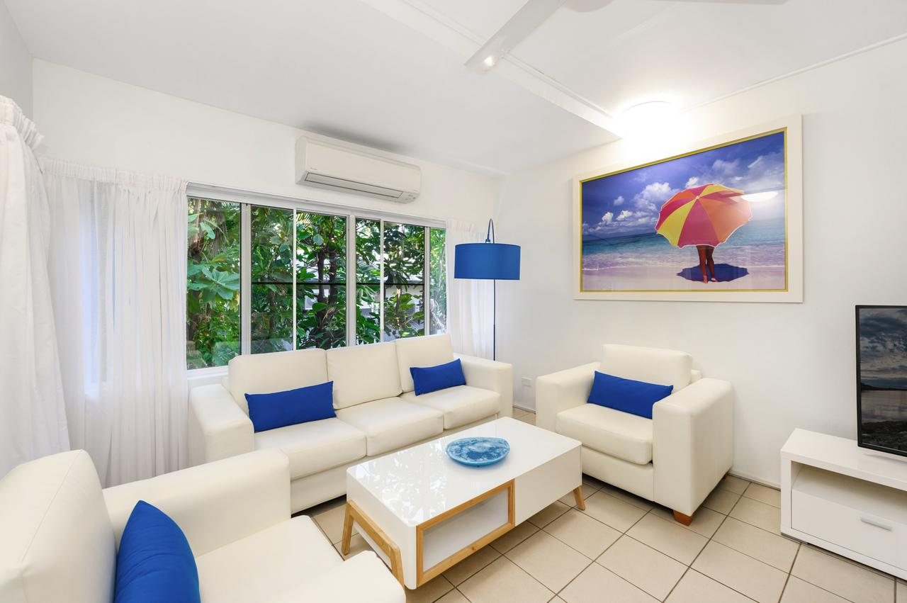 By The Sea Port Douglas - Casino Accommodation
