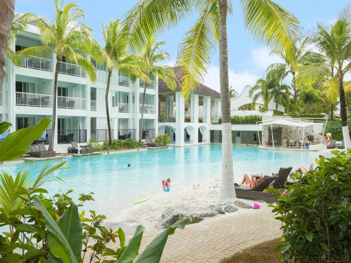 Beach Club Port Douglas 3 Bedroom Luxury Apartment - Casino Accommodation