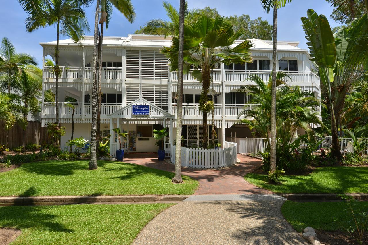 The White House Port Douglas - Casino Accommodation