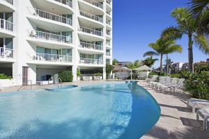 Crystal Bay On The Broadwater - Casino Accommodation