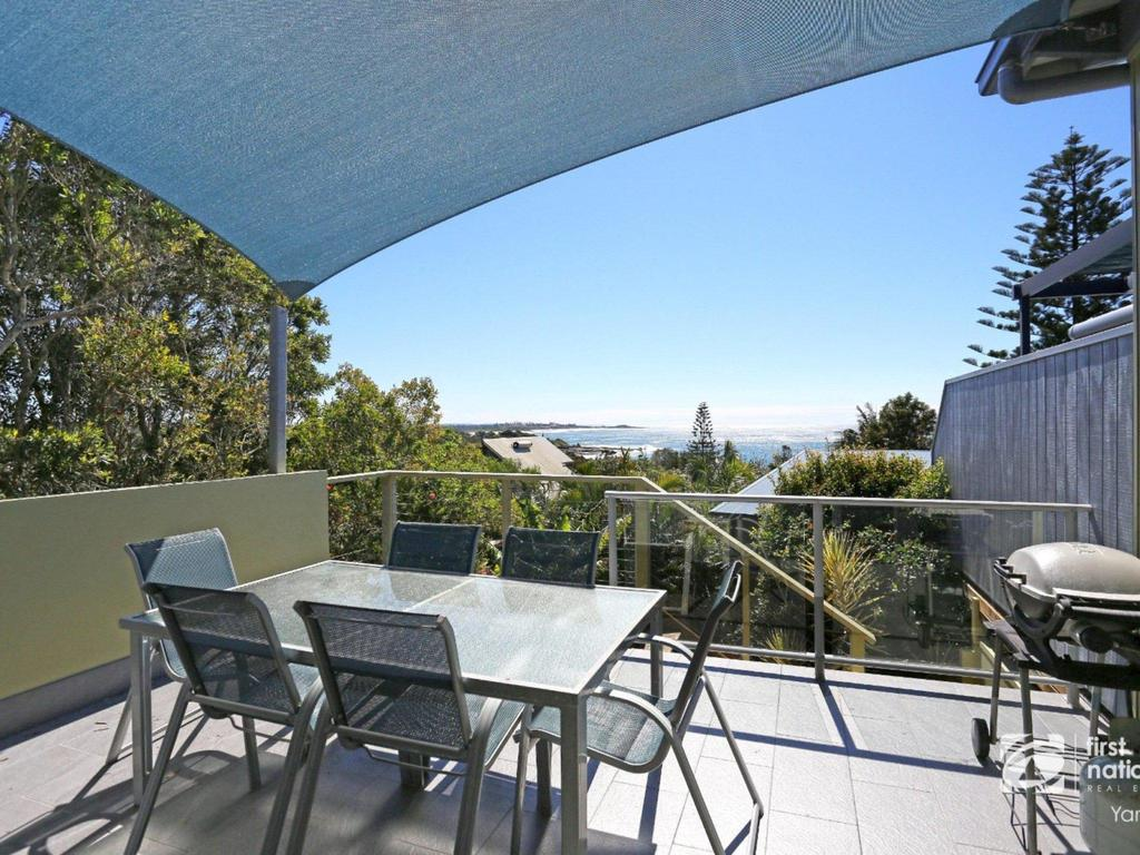 Angourie Blue 1 - Great Ocean Views - Surfing beaches - Casino Accommodation