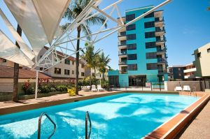 Aqualine Apartments On The Broadwater - Casino Accommodation