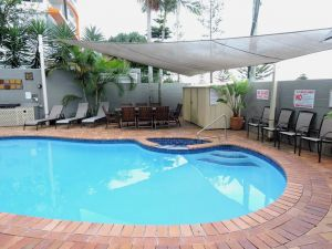 Bayview Beach Holiday Apartments - Casino Accommodation